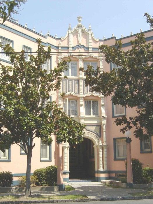 Image of Bennett Apartments