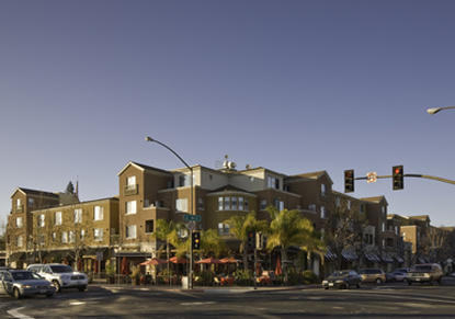 Image of City Center Plaza Apartments in Redwood City, California