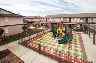 Image of Mountain View Townhomes Apartments in Tracy, California