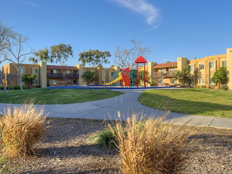 Image of Rio Vista Apartments in San Diego, California