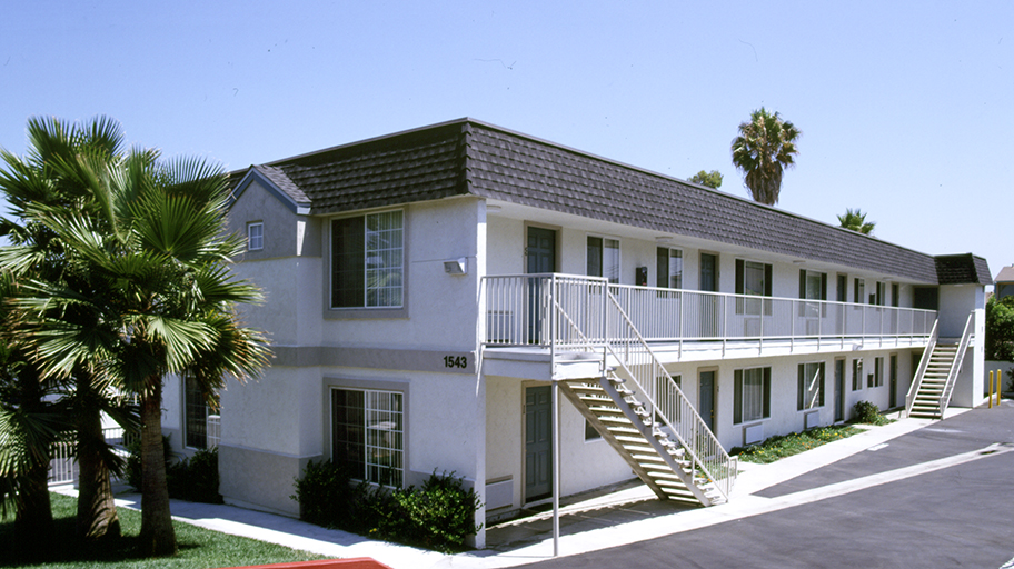 Image of Vista Del Sol Apartments in National City, California