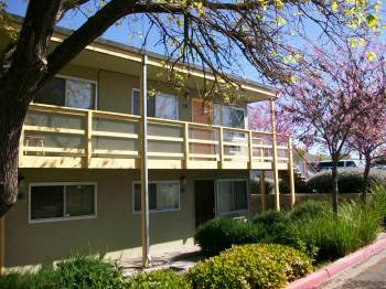 Image of Pinecrest Apartments in Antioch, California