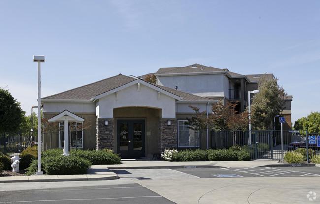 Image of Solano Vista Senior Apartments in Vallejo, California