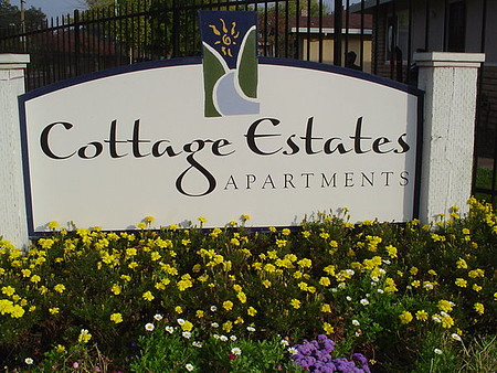 Image of Cottage Estates in Sacramento, California
