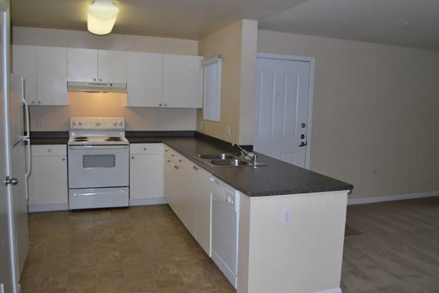 Bristol Apartments | Dixon, CA Low Income Apartments