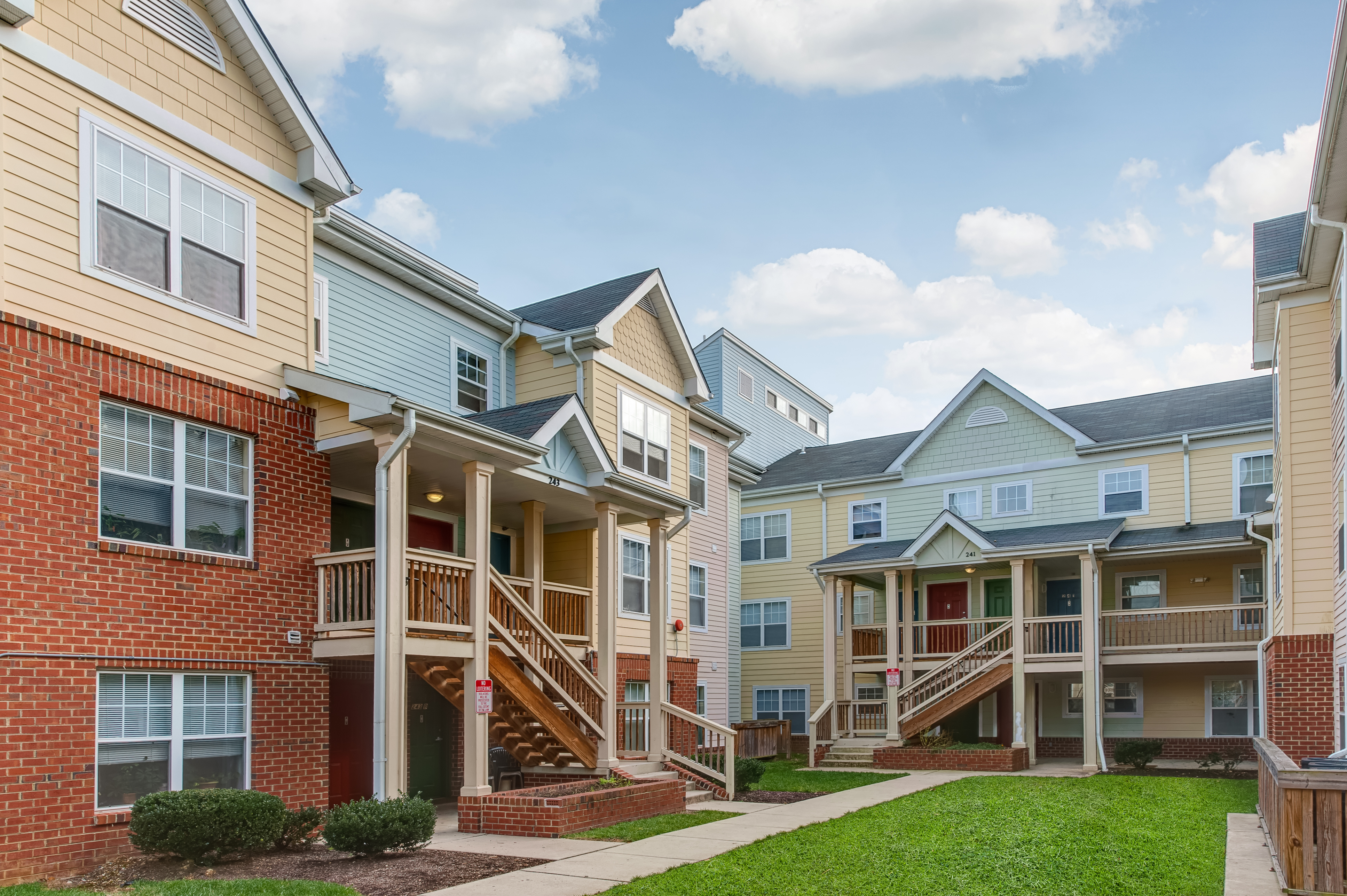 Image of Savannah Heights Apartments in Washington, District Of Columbia