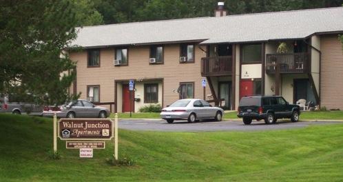 Image of Walnut Junction Apartments in Jonesville, Michigan