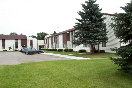 Image of Cloverlane Apartments in Lakeview, Michigan