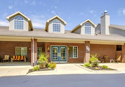 Image of Island Woods Senior Apartments in Grosse Ile Township, Michigan