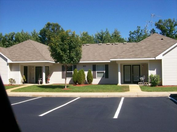 Image of Duvernay Park Apartments in Idlewild, Michigan