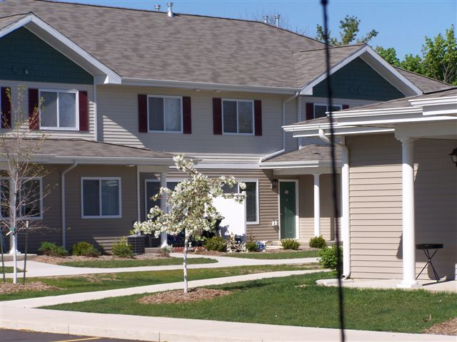 Image of Green Park Townhomes in Mason, Michigan