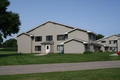 Image of Circle Pine Apartments
