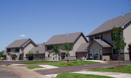 Image of Oakview Terrace Townhomes in North Branch, Minnesota
