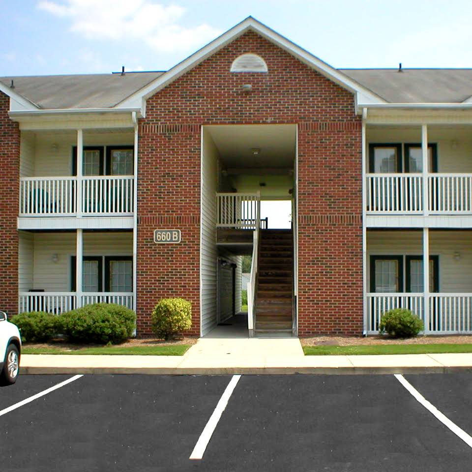 Image of Laurel Pointe Apartments I & II in Goldsboro, North Carolina