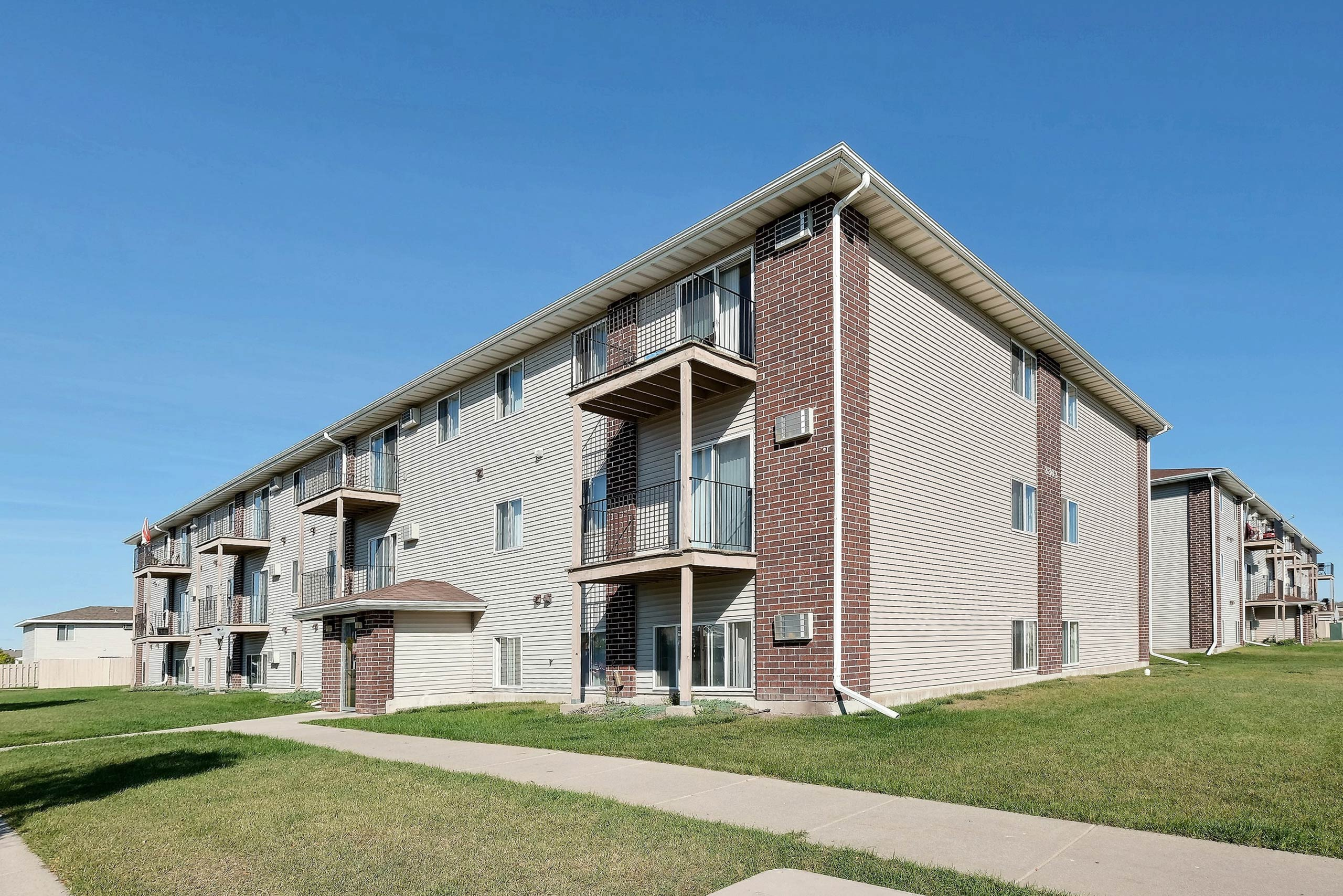 Image of Country Edge Apartments in Fargo, North Dakota