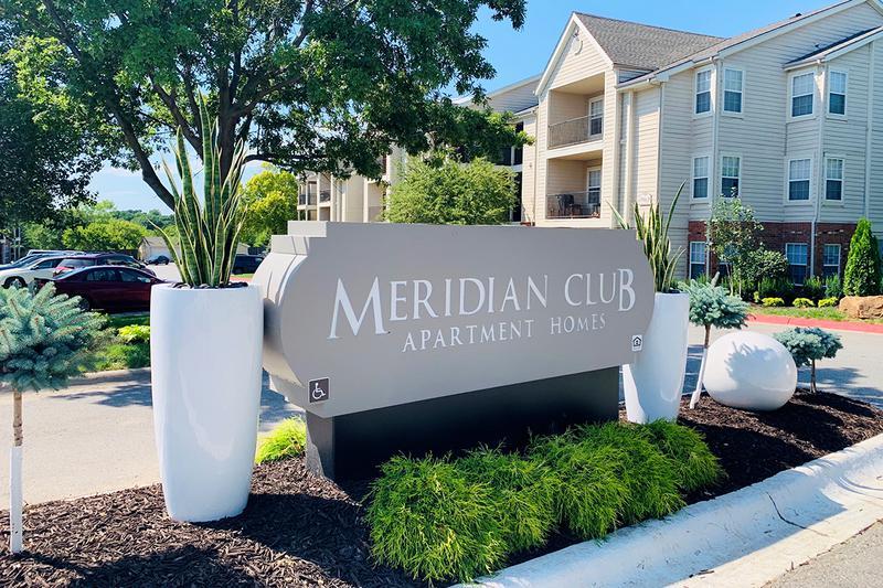Image of Meridian Club Apartments in Papillion, Nebraska