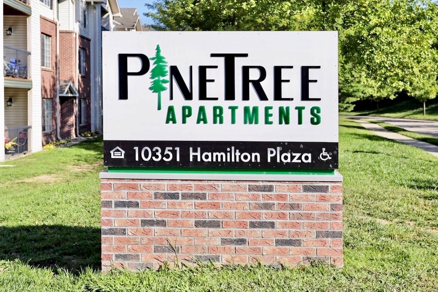 Image of Pine Tree Apartments