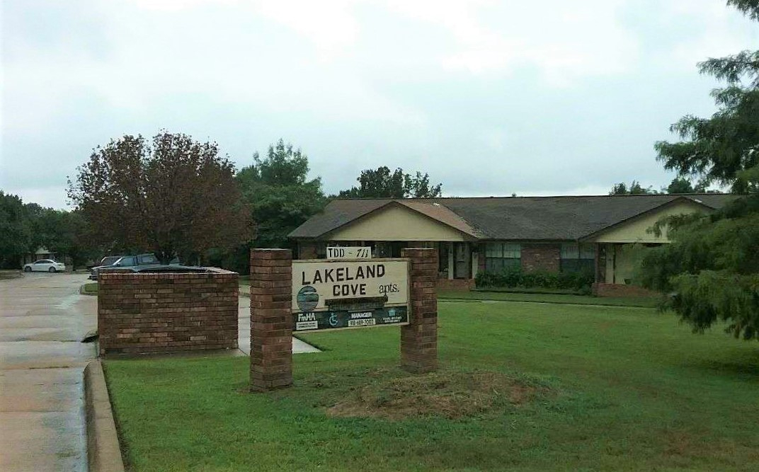 Image of Lakeland Cove Apartments in Eufaula, Oklahoma