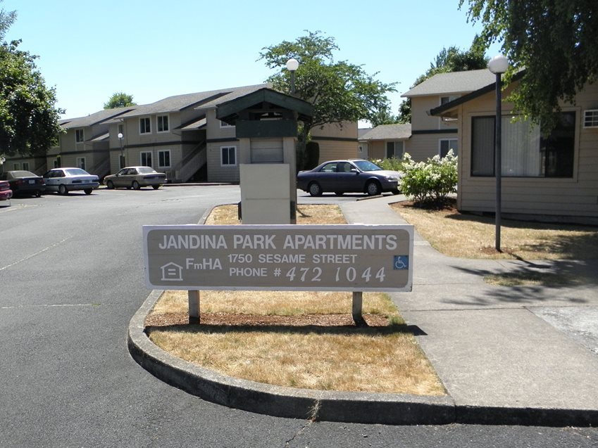 Image of Jandina Park Apartments in Mcminnville, Oregon