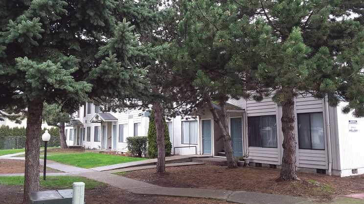 Image of Brighton Park East Apartments in Salem, Oregon