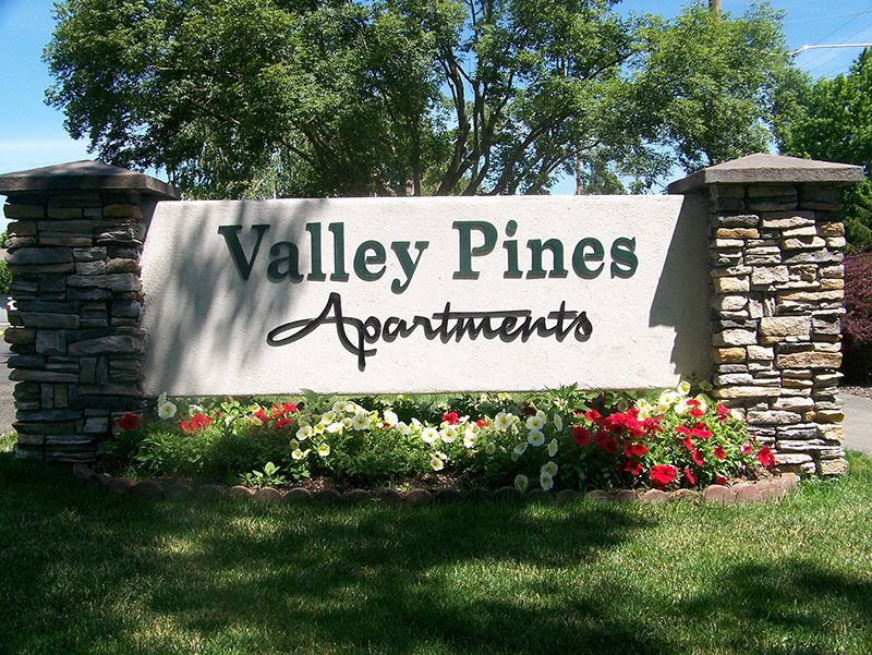 Image of Valley Pines Apartments in Medford, Oregon