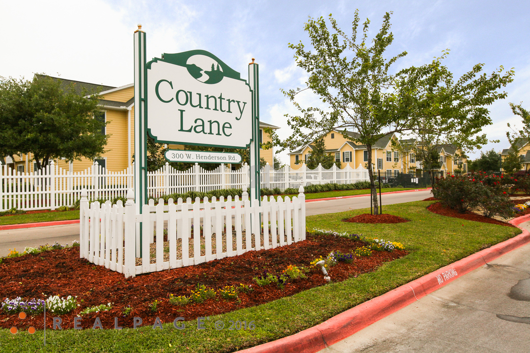 Image of Country Lane Apartments in Angleton, Texas