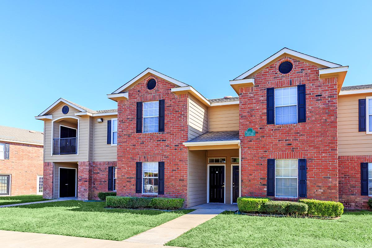 Image of Cobblestone Village Apartments in Cleburne, Texas