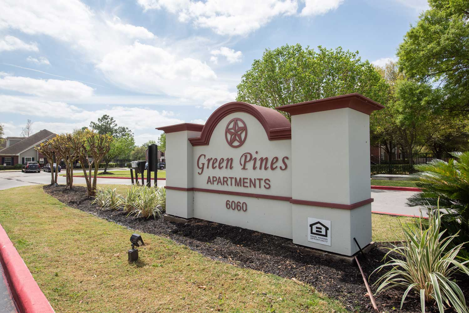 Image of Greens Pines Apartments in Humble, Texas