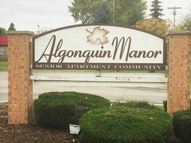 Image of Algonquin Manor Apartments in Brown Deer, Wisconsin