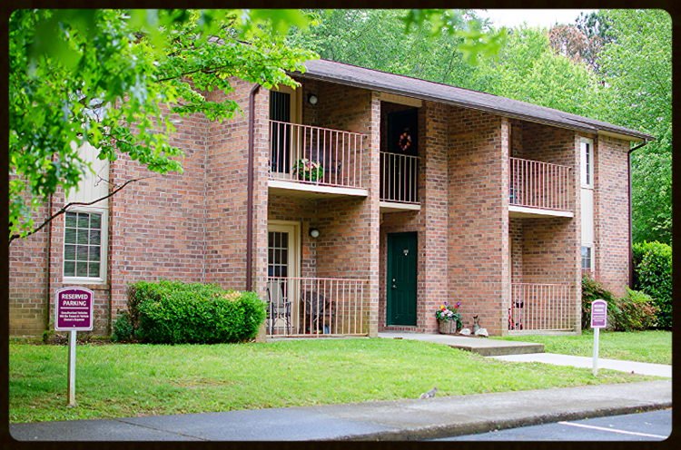 Image of Belle Meade Apartments And Townhomes in Knoxville, Tennessee