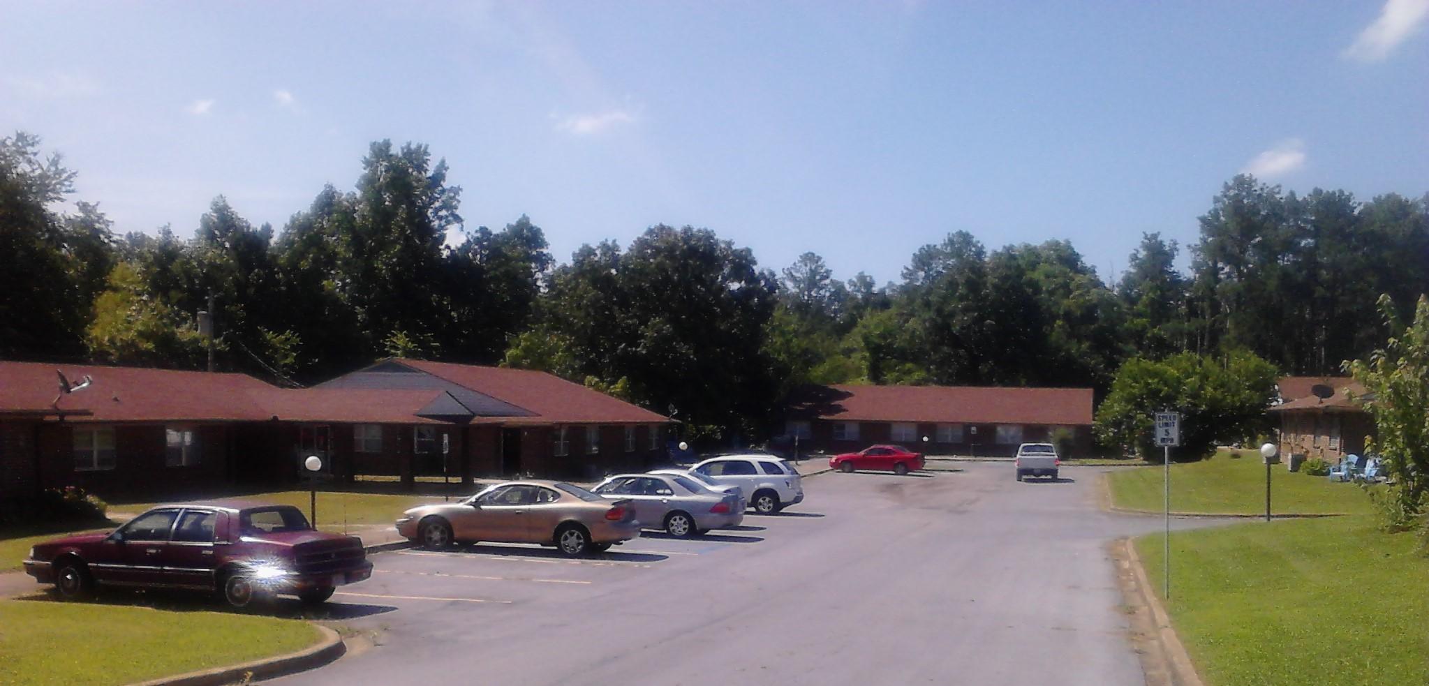 Image of Pine Village Apartments in Rainsville, Alabama