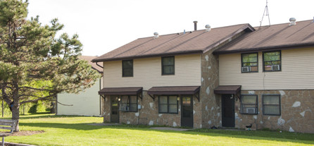 Image of Maple Terrace in Aurora, Illinois