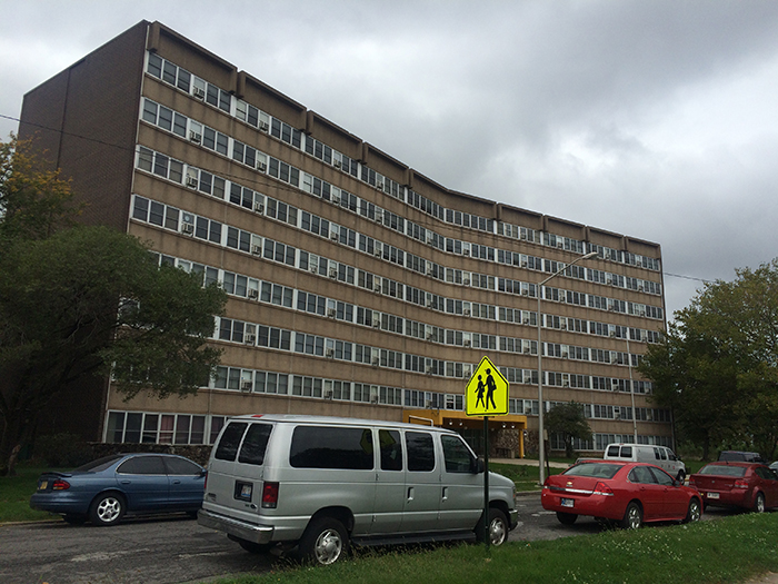 Image of Carolyn Mosby Senior High Rise