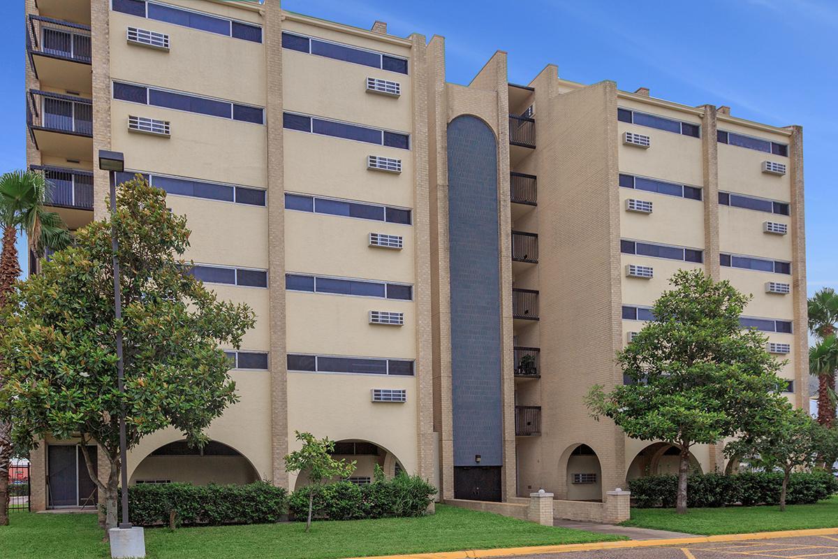 Image of Edinburg Senior Towers in Edinburg, Texas