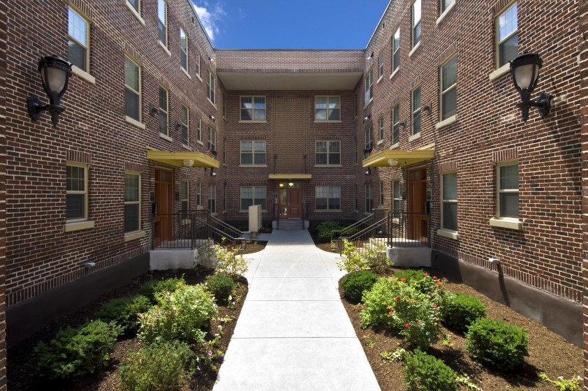 Image of Eagle Court Apartments in Albany, New York