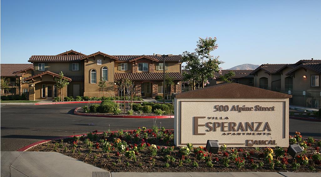 Image of Villa Esperanza in Avenal, California