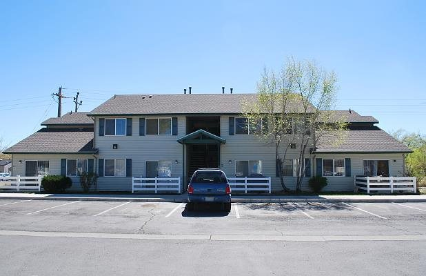 Image of Lovelock Garden Apartments