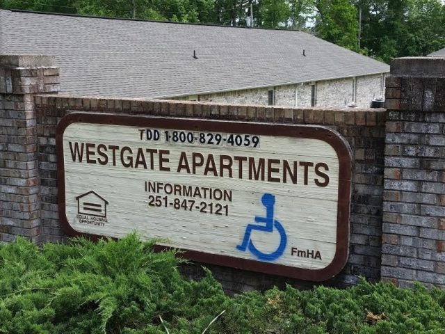 Image of Westgate Apartments in Chatom, Alabama