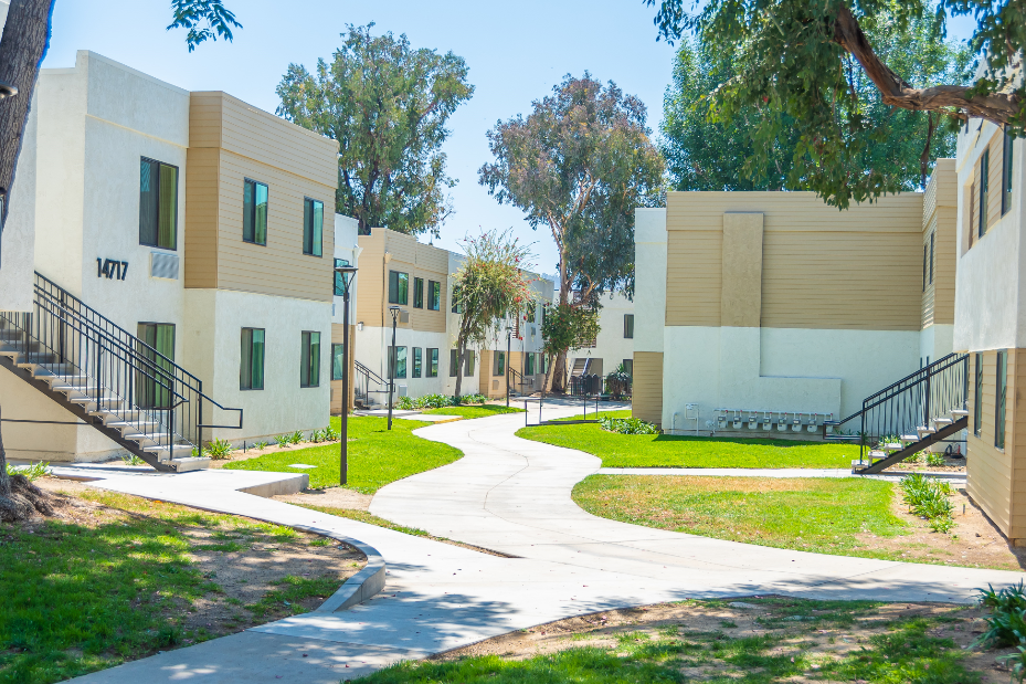Image of La Puente Park Apartments