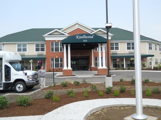 Image of Knollwood Retirement Center St Clair in Caseyville, Illinois