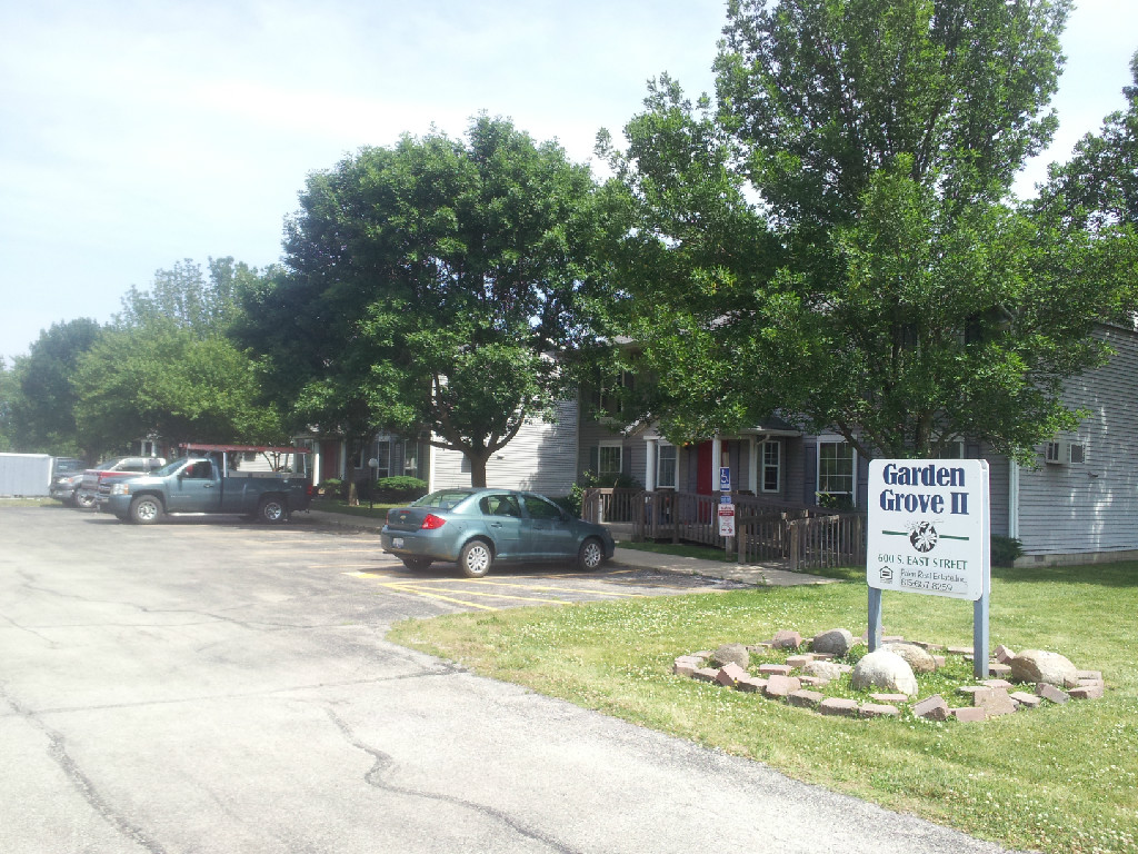 Image of Garden Grove Apartments in Gardner, Illinois