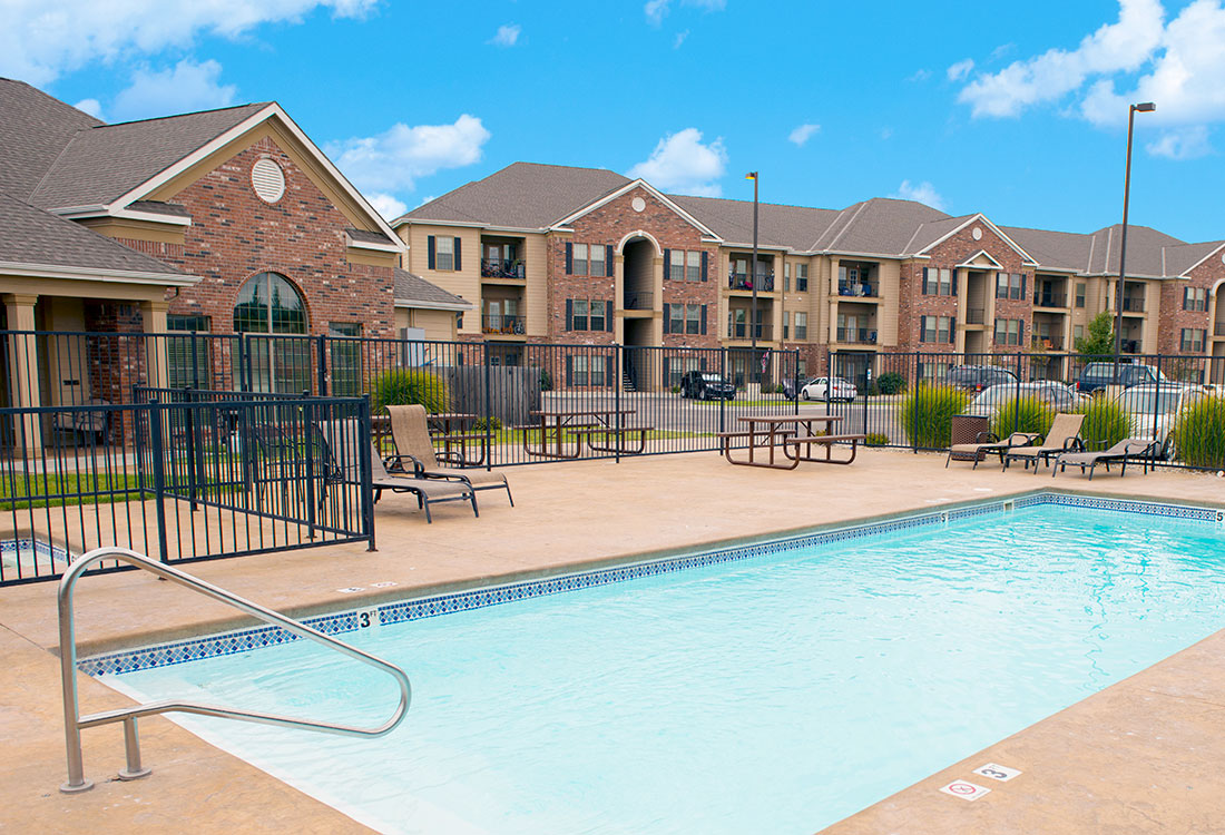 Image of Highland Ridge Apartments in Manhattan, Kansas