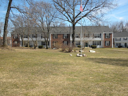 Image of Hillsdale Garden Apartments
