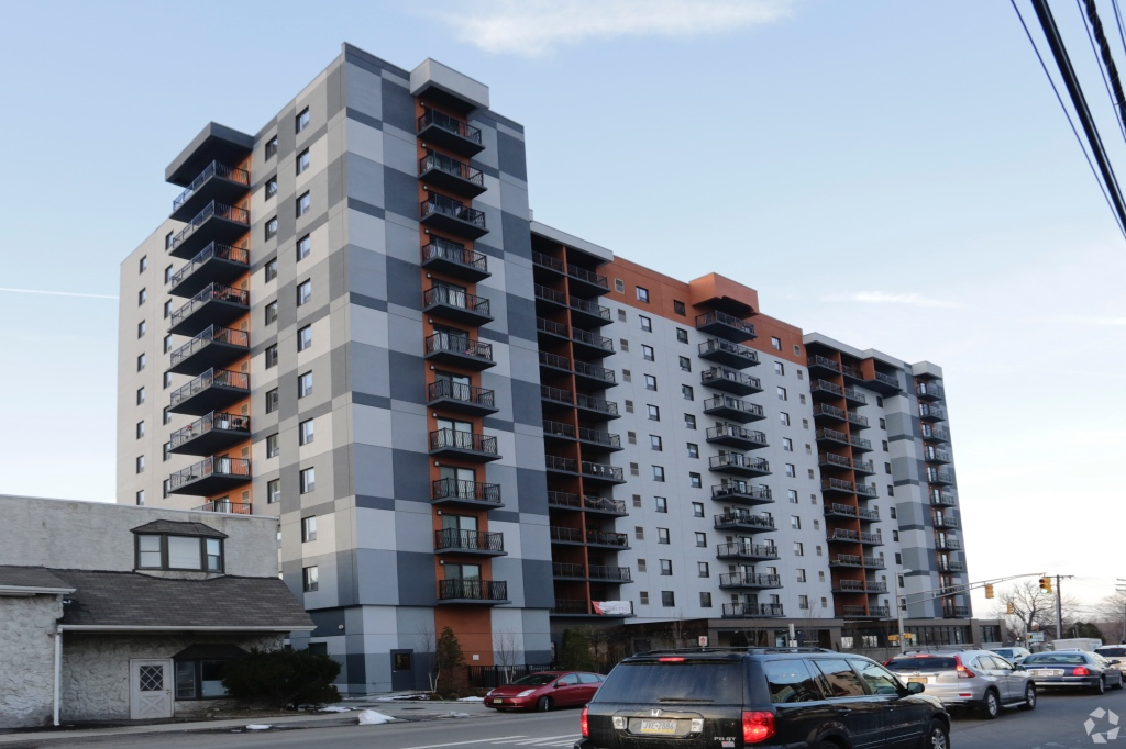 Image of Fairview Apartment Homes in Fairview, New Jersey