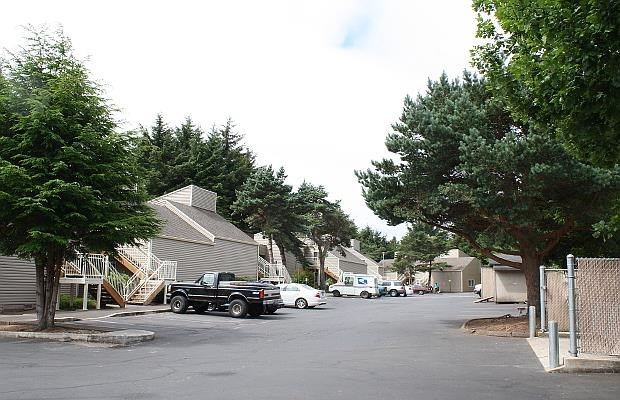 Image of West Devils Lake Apartments in Lincoln City, Oregon