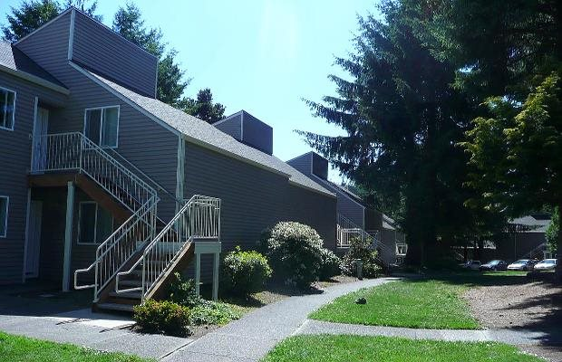Image of West Devils Lake Apartments
