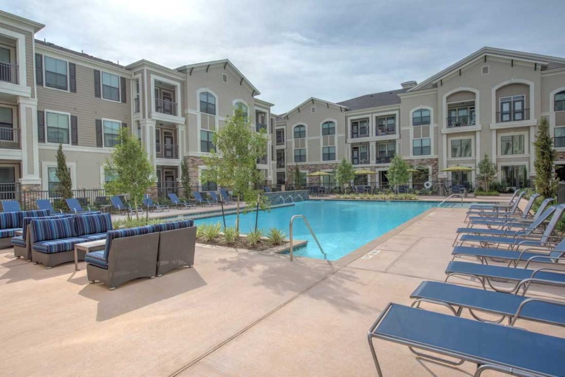 Image of Lafayette Plaza Apartments