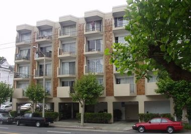 Image of 2698 California St Apartments