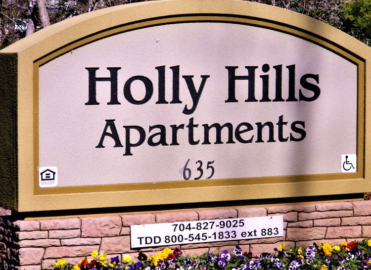 Image of Holly Hill Apartments in Mount Holly, North Carolina