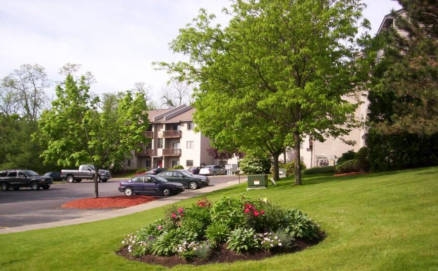 Image of Nutgrove Garden Apartments